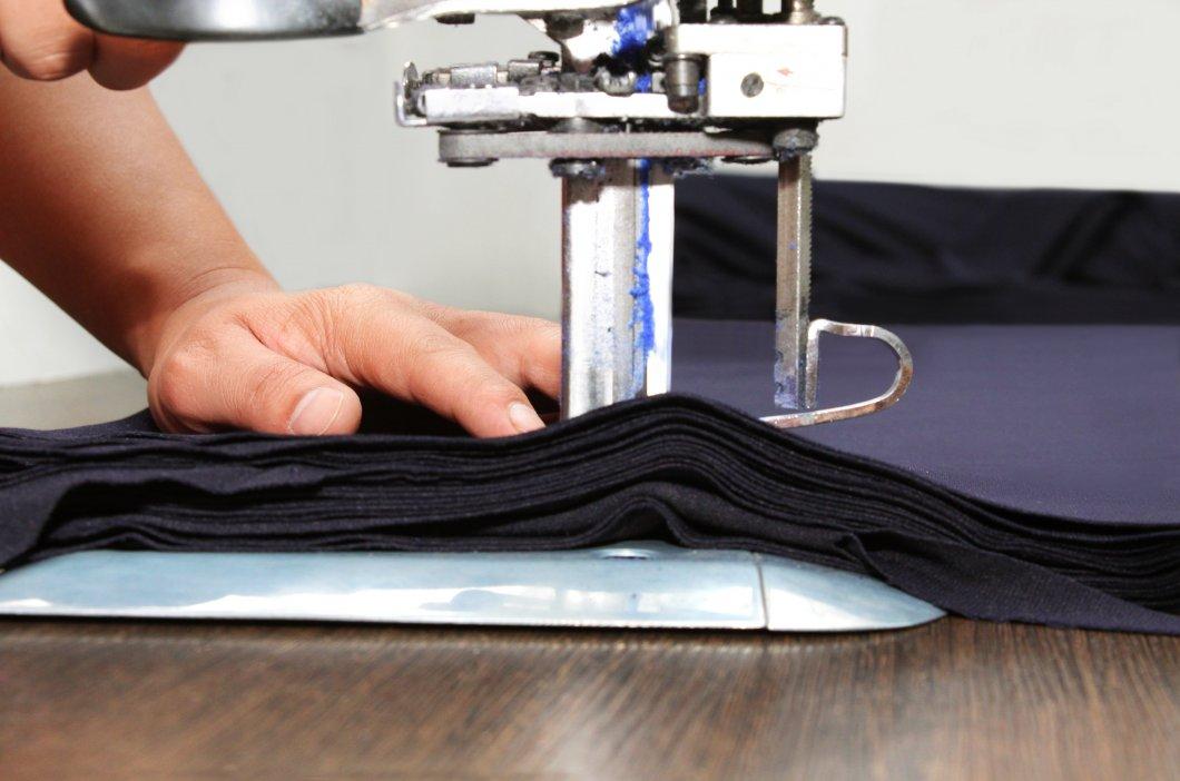 Оборудование для пошива платьев
